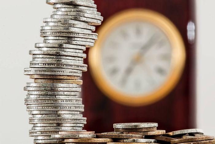 mniejsze koszty i oszczędność czasu